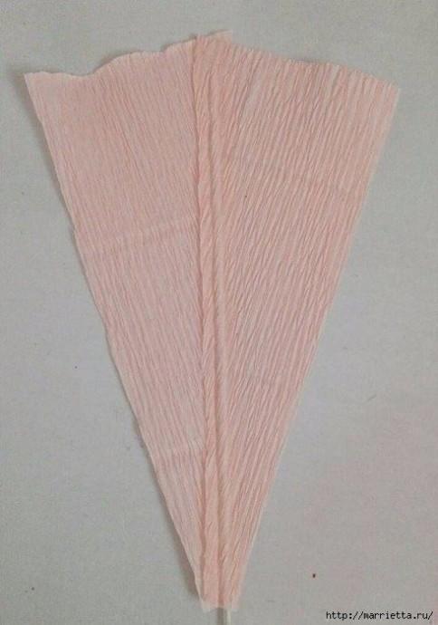 Лилия из гофрированной бумаги