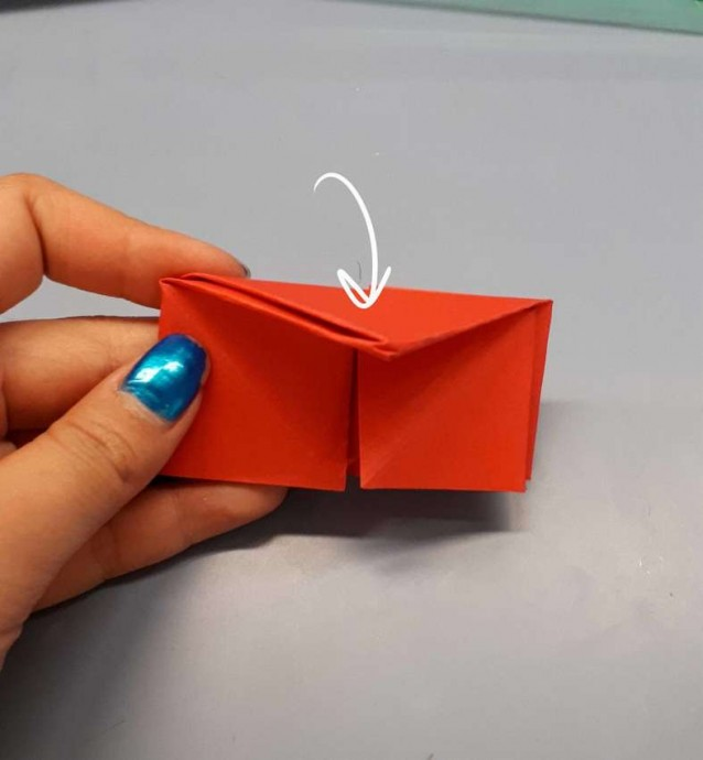 Чудесный цветок оригами 9