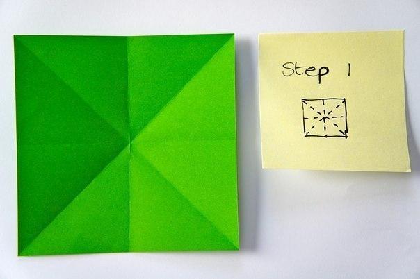 Бумажная елочка-оригами 1