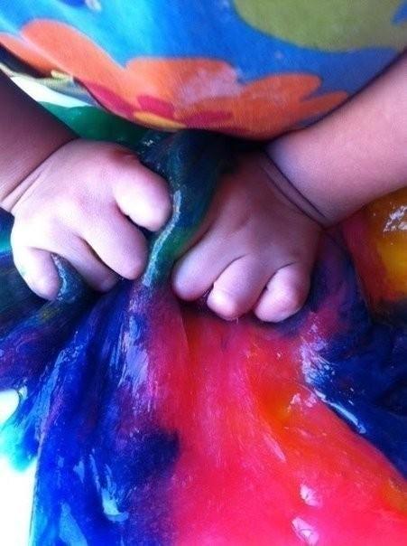 Тянучка детскими руками 5