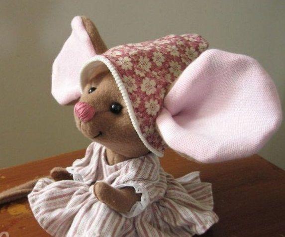 Выкройка мыши с большими ушами