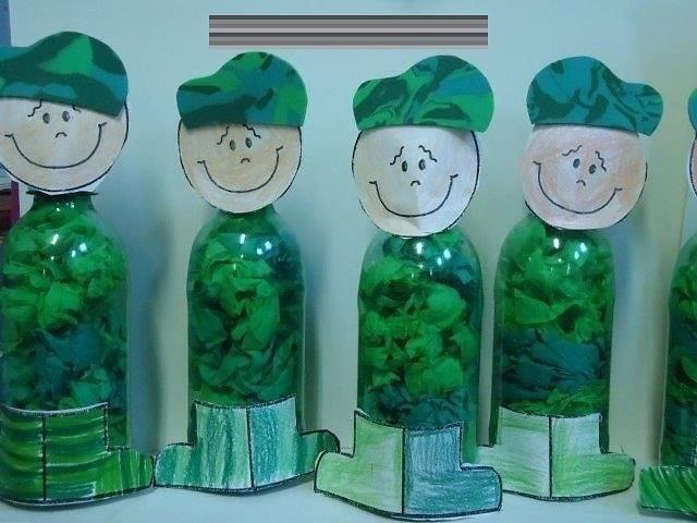 Солдатики из пластиковых бутылок