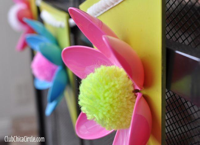 Чудесные цветы из ложек