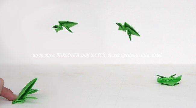 Прыгающие весёлые лягушки