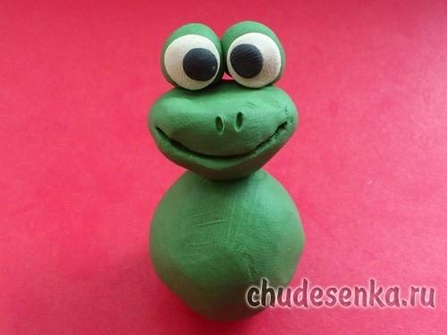 Лягушонок из пластилина
