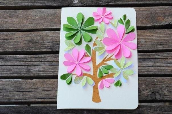 Открытка с цветущим деревом 4