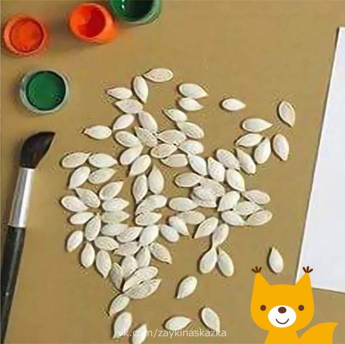 Аппликация из тыквенных семечек