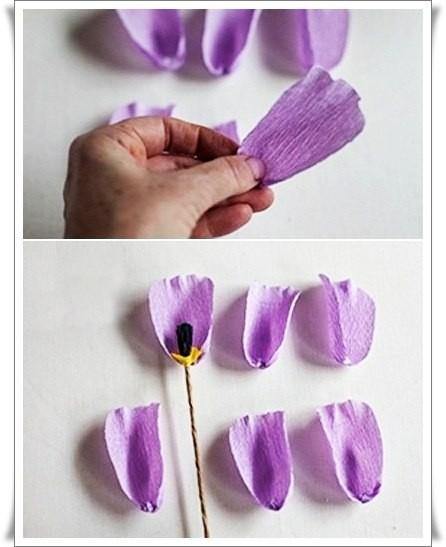 Разноцветный букетик тюльпанов из цветной гофрированной бумаги 4