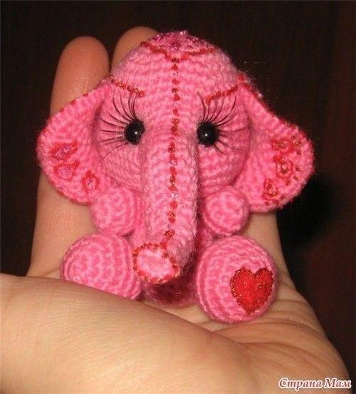 Бесконечно милый слоненок
