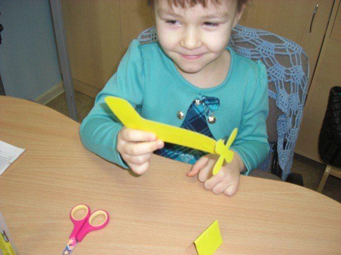 Самолетик из картона 6