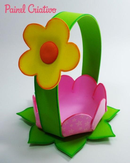 Цветочная корзинка детскими руками