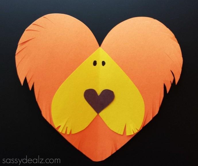 Яркие поделки из сердечек