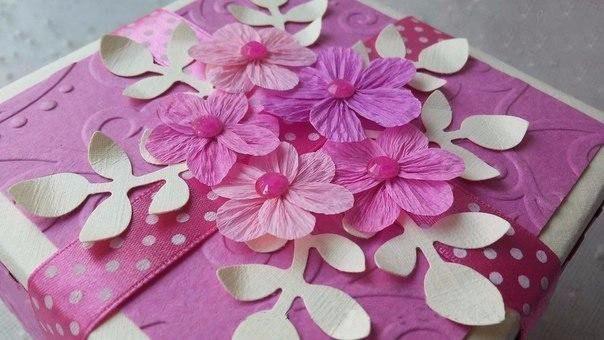 Цветочки из гофрированной бумаги