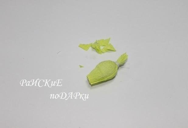 Букет подснежников из бумаги и конфет 3