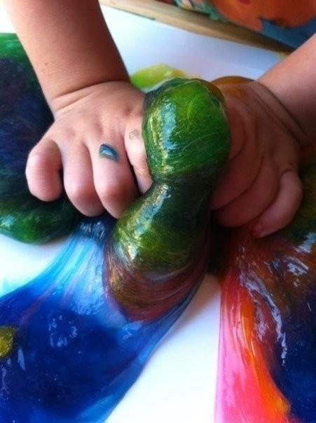 Тянучка детскими руками 4