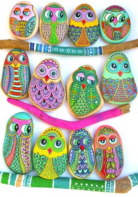 Идеи красочной росписи камней с детьми 6