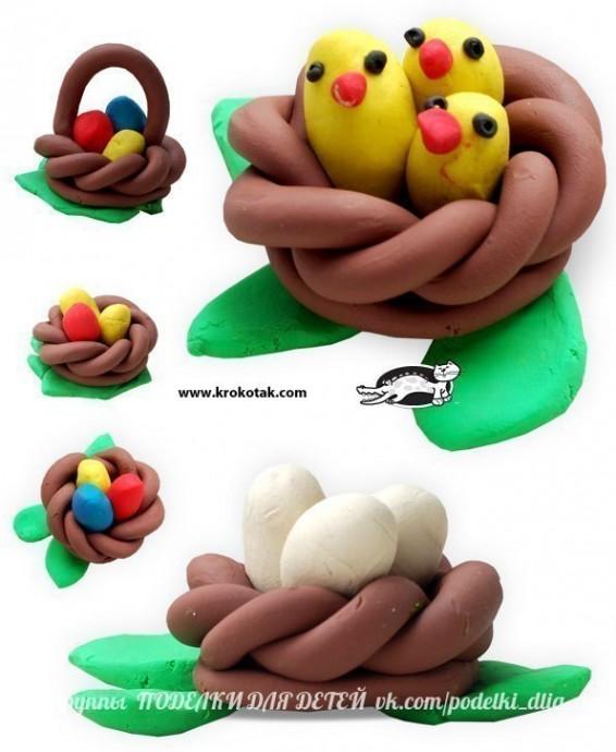 Лепим птенчиков в гнезде