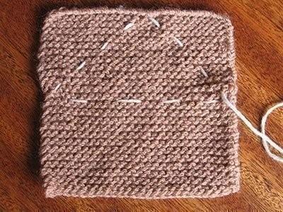 Милый зайка из вязаного квадрата