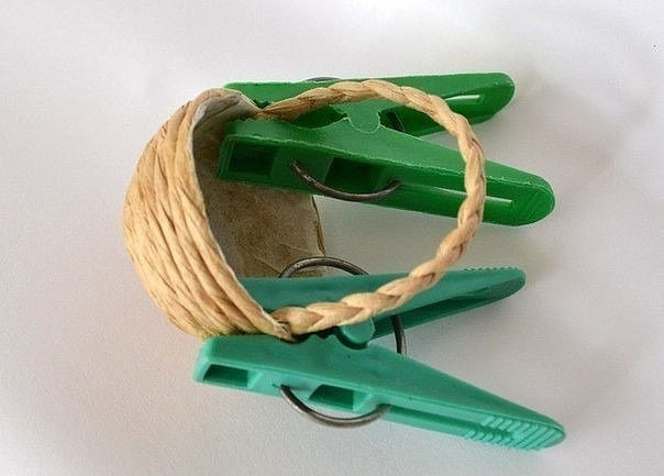 Миниатюрная корзинка из шпагата
