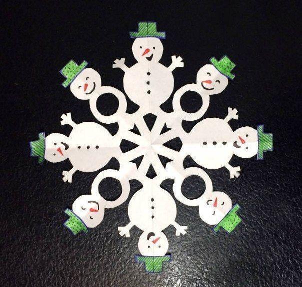 Снежинка в виде снеговиков