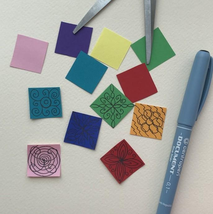 Аппликация для малышей из бумаги и ватных дисков «Одеяло для зайки»