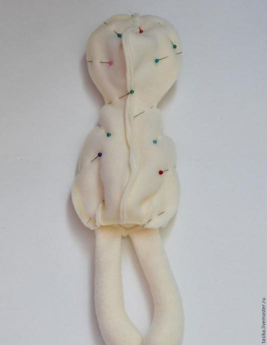 Мягкая игрушка в виде зайки