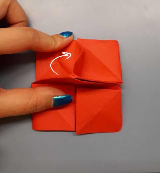 Чудесный цветок оригами 16