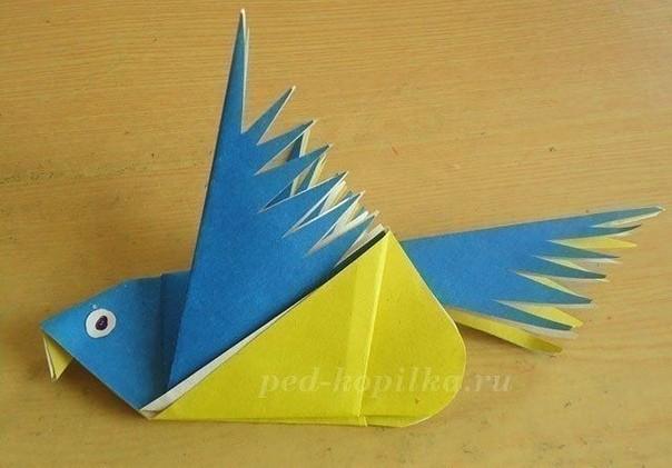 Оригами птица из бумаги
