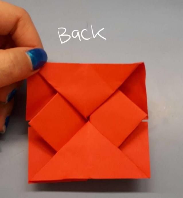 Чудесный цветок оригами 13