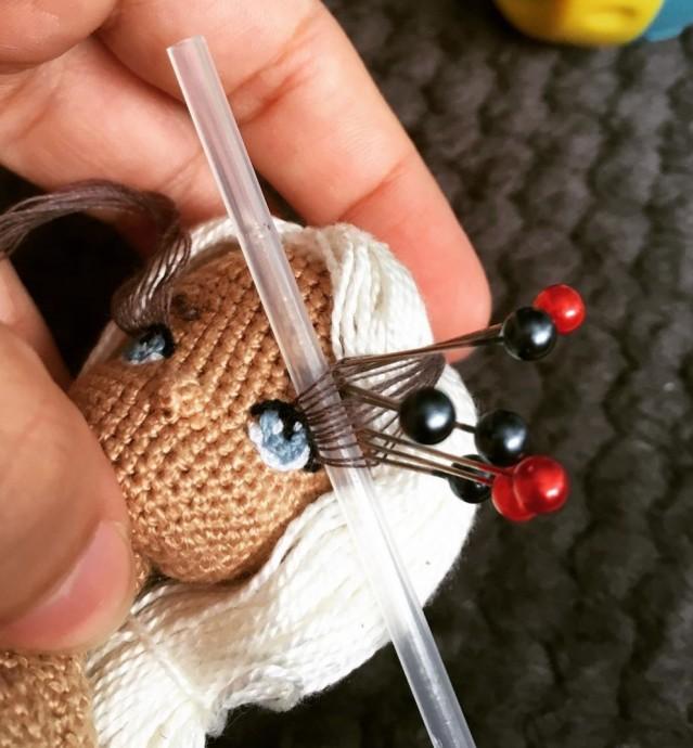 Как сделать реснички мягкой игрушке 3