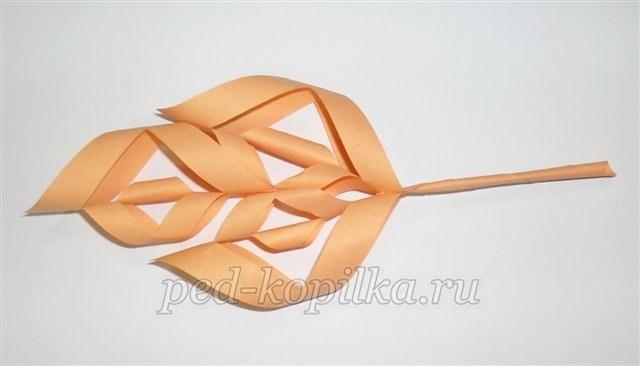Объёмный кленовый листочек