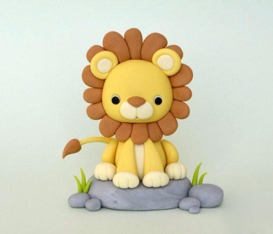 Пластилиновый львенок