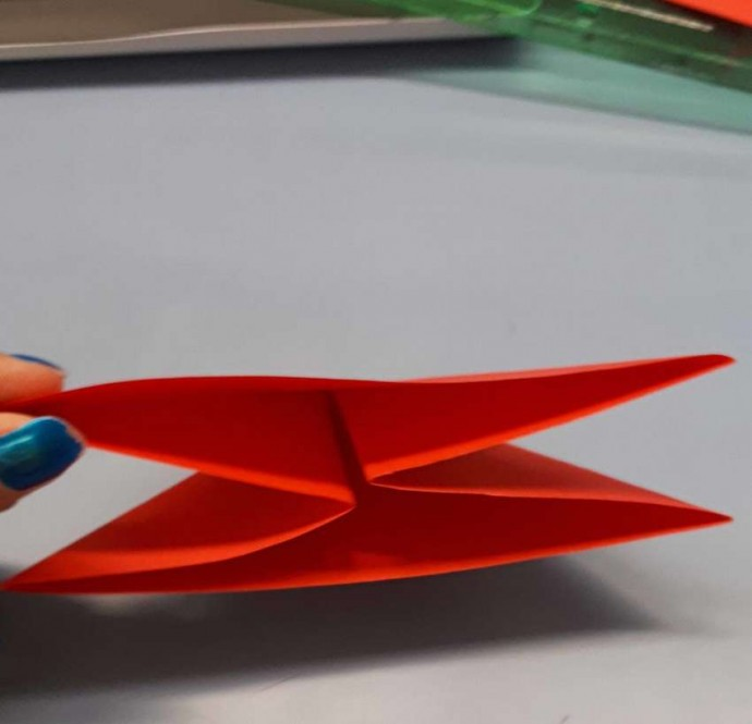 Чудесный цветок оригами 4