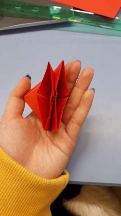 Чудесный цветок оригами 10