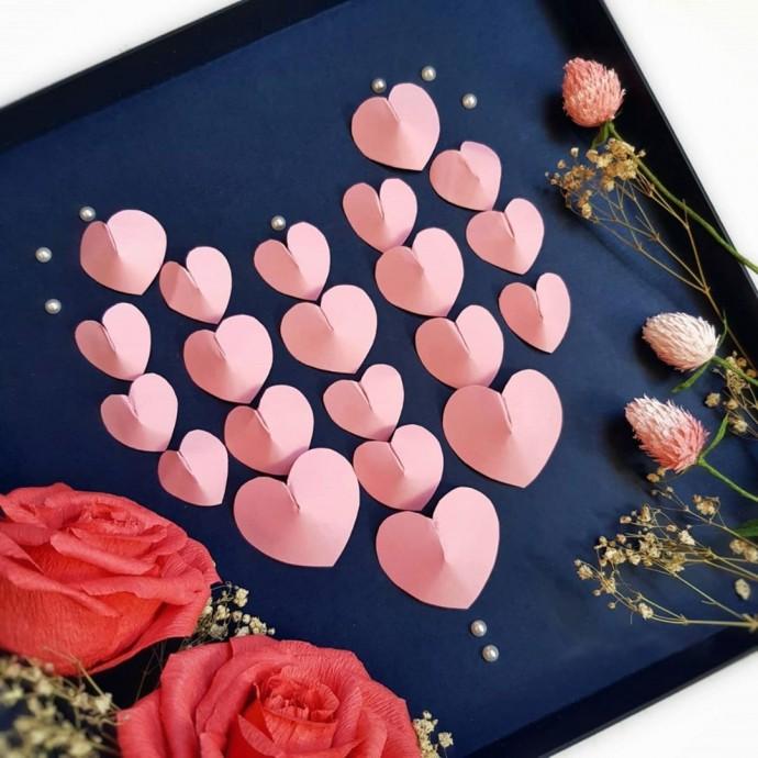 Аппликация с сердечками 0