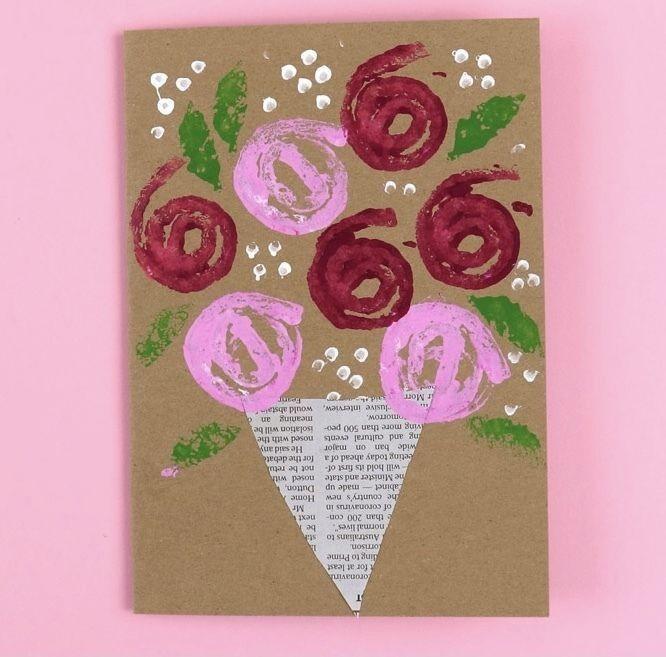 Простейшая открытка с розочками-отпечатками