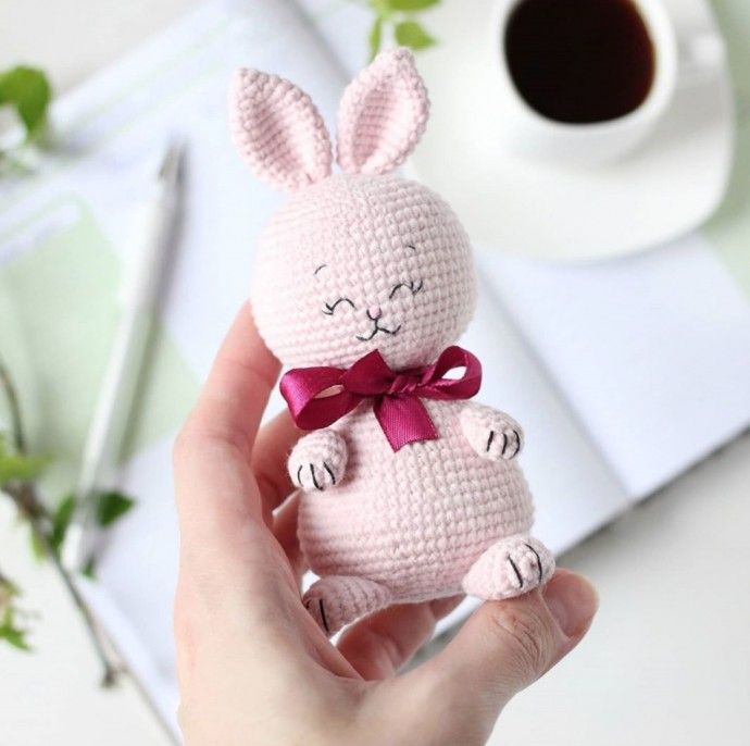 Крошка зайчонок