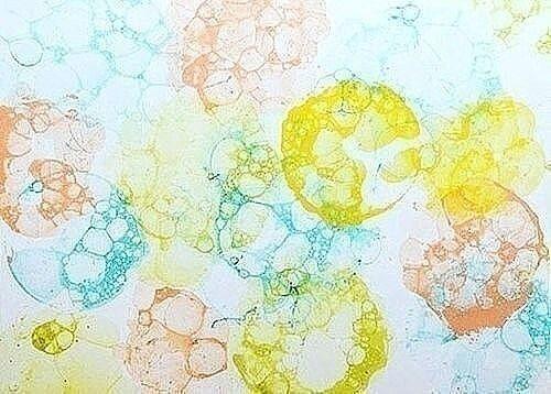Рисуем с детками мыльными пузырями