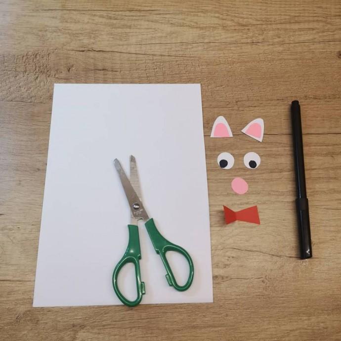 Открытка в виде кота