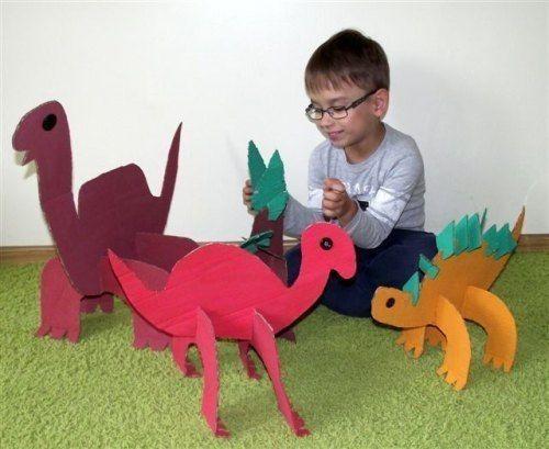 Большие картонные динозавры