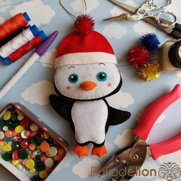 Ёлочные игрушки из фетра: пингвиненок