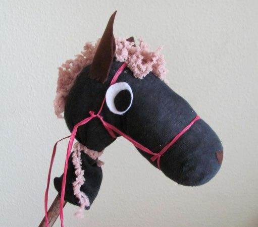 Милая лошадка из папиного носка: простые идеи