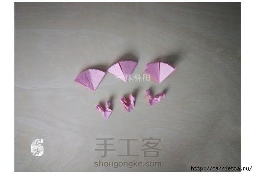Гвоздики из бумаги детскими руками