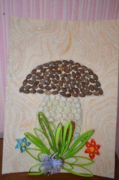 Поделки из арбузных семечек и плотной бумаги (картона)