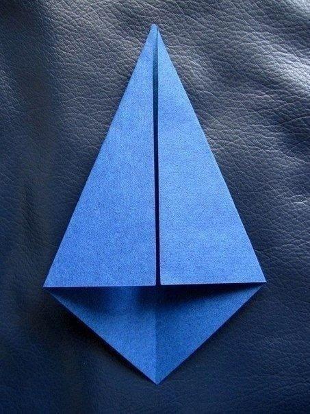 Рубашка с галстуком из плотной бумаги