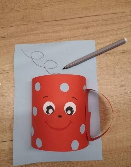 Как сделать кружку с ручкой из бумаги