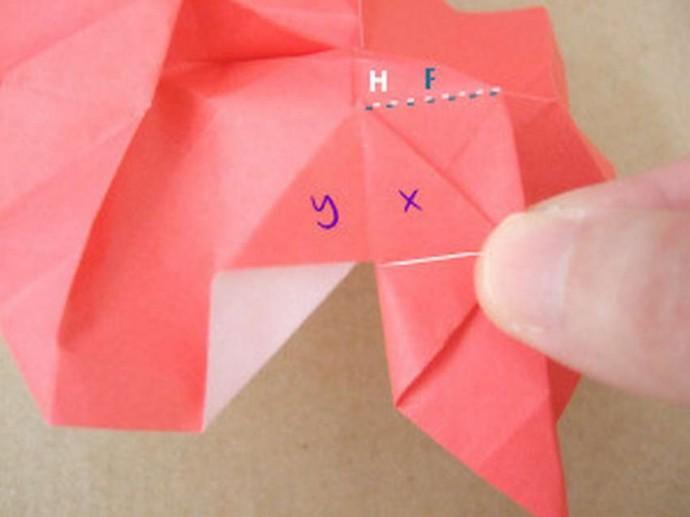 Делаем розу оригами 14