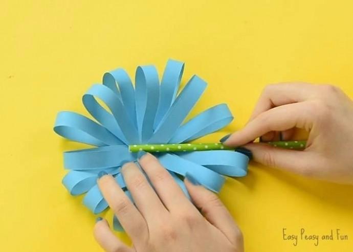 Интересные и одновременно простые поделки из бумажных полосок