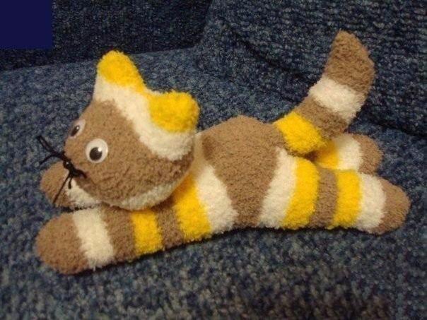Милые котики из носочков