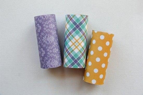 Зайка из рулонов туалетной бумаги